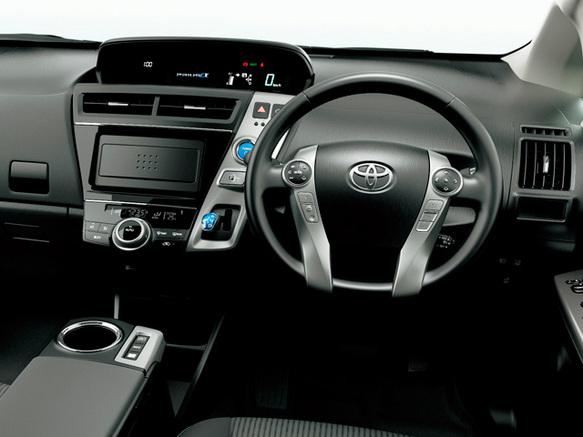 トヨタ プリウスα 価格・車種カタログ情報 | 新車・中古車見積もりなら ...