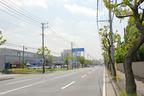 「Pizzeria Veicolo(ピッツェリア・ヴィーコロ)」[千葉県千葉市美浜区]があるのは、都会の中の辺境、工場や倉庫が立ち並ぶ一角にあります。