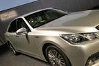 トヨタ 14代目 新型 クラウン ロイヤル 専用設計のフロントフェンダー
