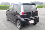 【スクープ画像!】三菱の新型軽自動車「eKカスタム」[日産自動車共同開発]