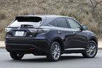 """トヨタ新型ハリアー<ハイブリッド>PREMIUM """"Advanced Packege""""ボディカラー:スパークリングブラックパールクリスタルシャイン リアエクステリア"""