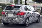 BMW『2シリーズ アクティブツアラー』日本の公道を走っている様子