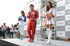 AUTECH OWNERS GROUP(AOG)湘南里帰りミーティング2015にて、松田次生選手と菅野麻友さん