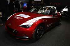 ロードスターのレーシング仕様を展示!話題のロータリーコンセプト「RX-VISON」も再び【TAS2016】
