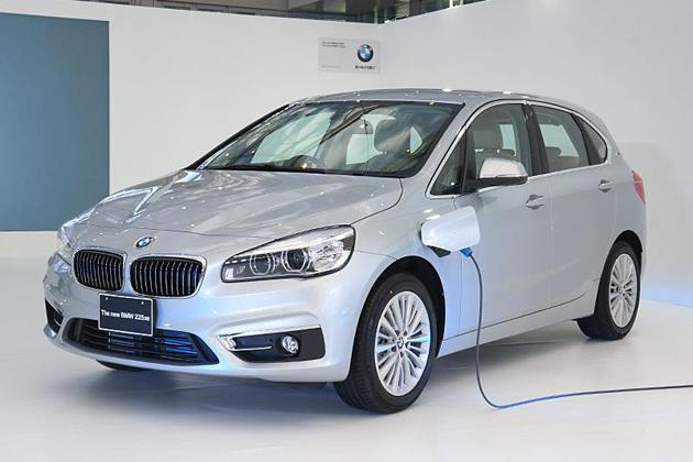 BMW 新型「225xe アクティブ ツアラー」