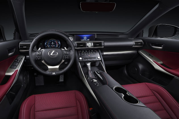 (新型)LEXUS IS200t