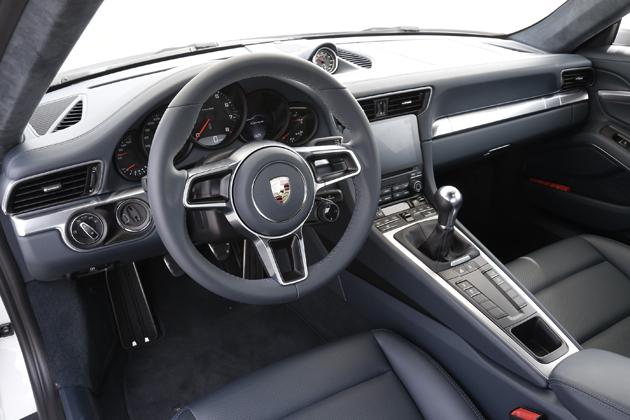 ポルシェ 新型911 カレラ