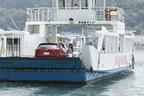 CX-5を載せてもドライバー1名込みで運賃はわずか130円だ。<尾道と向島を結ぶ尾道渡船>