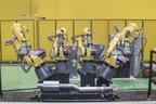 FANUC(ファナック)が誇る多関節ロボット。自動車をはじめ、あらゆる分野での自動化に貢献。2016年6月には累計生産42万台を突破している!