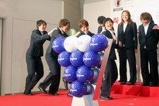 明るく登場したのは矢野 喬子選手、岩清水 梓選手、近賀 ゆかり選手、大野 忍選手(左から)