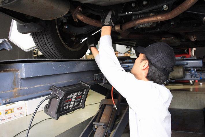 Drivemanの取り付けは全国どこの販売店、整備工場でもOK