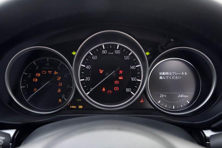 ガソリン車も同様だが、とくにディーゼルモデルのガス欠は絶対に避けたいところだ
