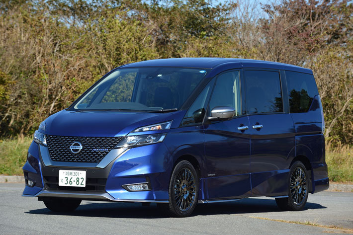 日産 セレナAUTECH SPORTS SPEC