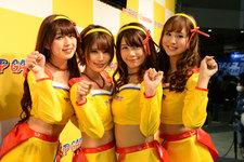 アップガレージブースに今年もレースクイーンユニット「ドリフトエンジェルス」登場! 【東京オートサロン2019】