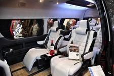 高級ジャンボタクシーがコンセプト!独自の世界観で魅せるLEGANCE(レガンス)のハイエース【東京オートサロン2019】