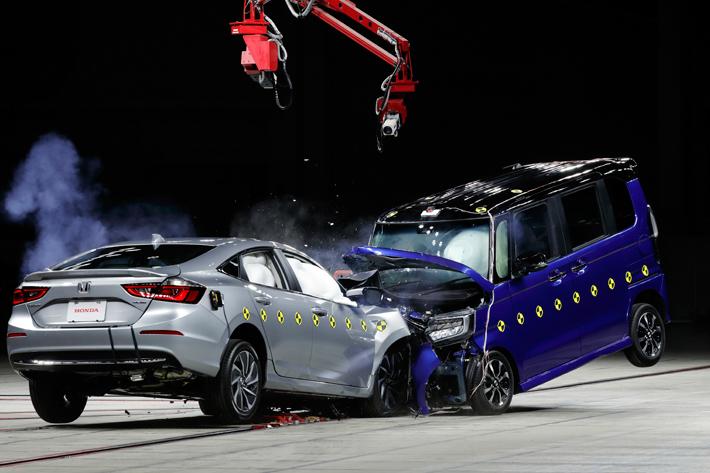 軽自動車は万が一の事故の時不安!?そんな声にホンダが応える│ ホンダのNシリーズ安全取材会に行ってきた