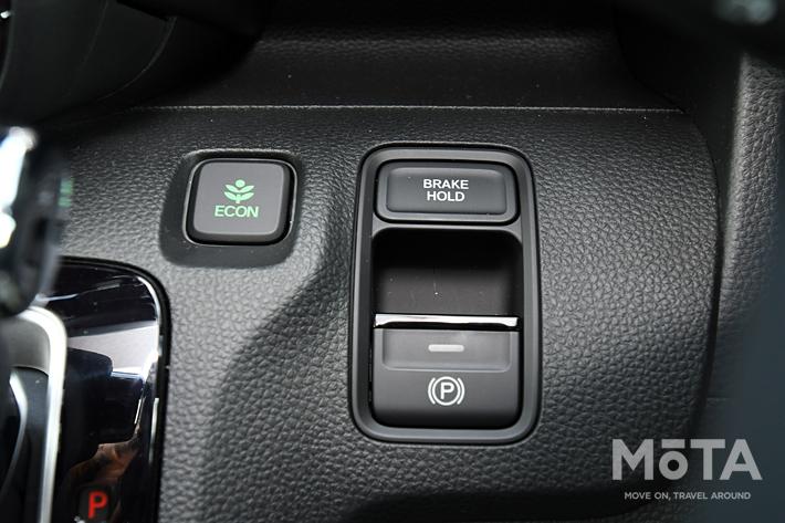 ホンダ 新型N-WGN Custom L・ターボ・Honda SENSING 外装色:ミッドナイトブルービーム・メタリック&シルバー│内装色:ブラック×チタン