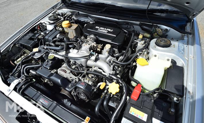 1989年にデビューした初代レガシィと一緒に登場したEJ20型エンジンは、200ps(147kW)/3600rpm・26.5kg・m/3600rpmを発揮する