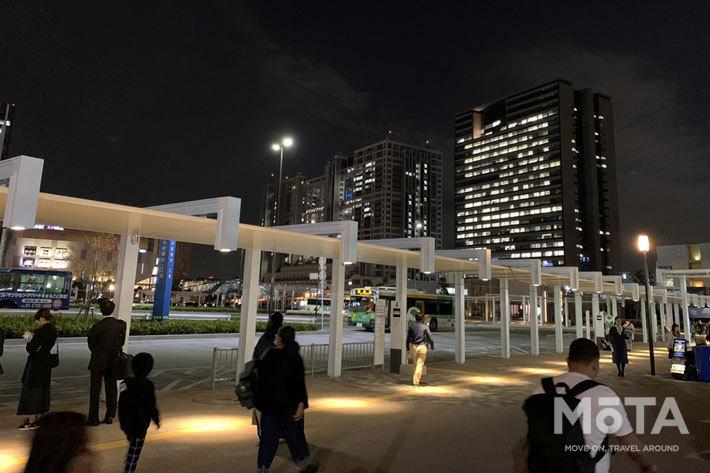 りんかい線東京テレポート駅は有明会場への無料シャトルバスも発着している