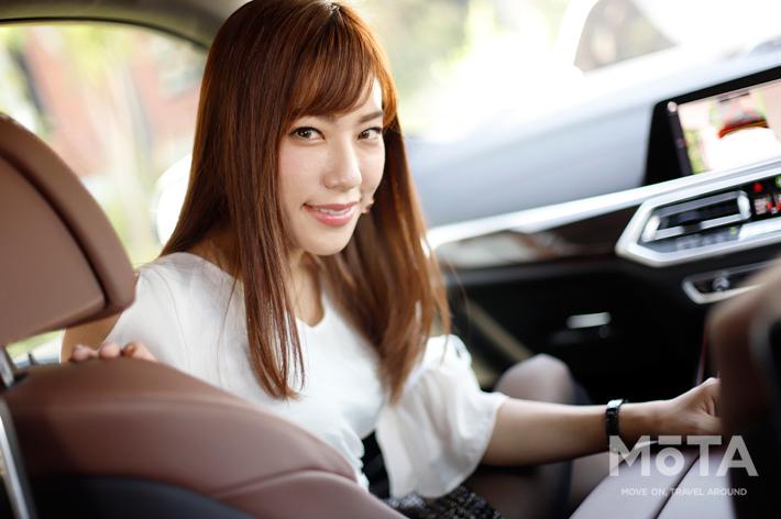 【美女の乗るクルマ】-scene:21- BMW X5 × 星野奏