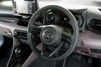 トヨタ 新型ヤリス(プロトタイプ) 用品装着車