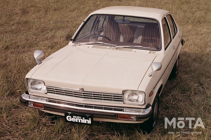 初代「いすゞ ジェミニ」は「オペル カデットC」の兄弟車でした