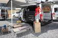 NV350キャラバンとNV200をベースにしたフリースタイルキャンピングカー「RIW」は土足でガンガン使えるアウトドア・ギア|アネックス【Vol.2】