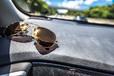 車内もUVは大敵! ダッシュボードマットで劣化を防ぎ、運転ストレスも軽減!【車の紫外線対策グッズ】
