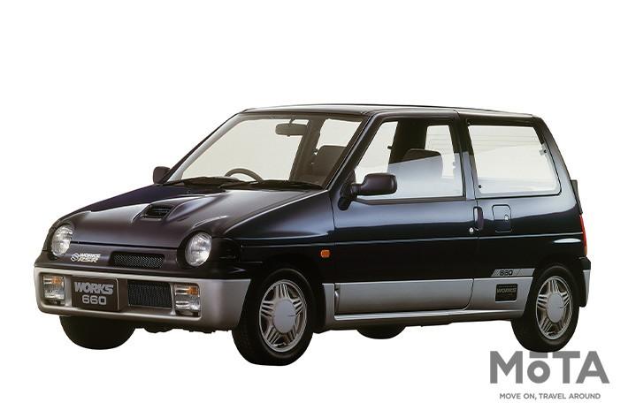1988年デビューの初代アルトワークスは当時の税制で有利であった商用車モデルとして販売。その後2代目が1994年に、そして3代目が1998年に投入された