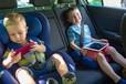 子どもの車内ぐずり対策どうする!? タブレットホルダーで動画を見せれば、大人も助かる!