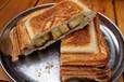 キャンプ初心者におすすめ!朝ごはんにピッタリな簡単で美味しいホットサンド