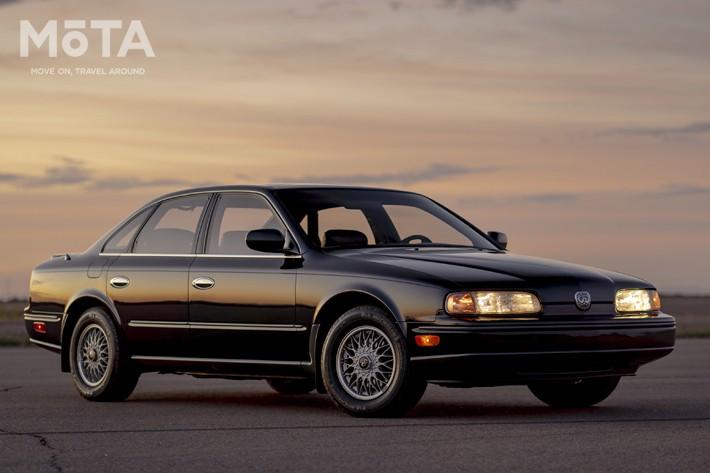 日産の高級ブランド「インフィニティ」が送り出したのが初代Q45である。現在と同様に日本では同ブランドを展開しておらず、当時日産ディーラーで発売をしていた, Z32型フェアレディZは、これまでのデザインとは異なり、全く新しいデザインで投入された。こちらも北米で大ヒットとなった