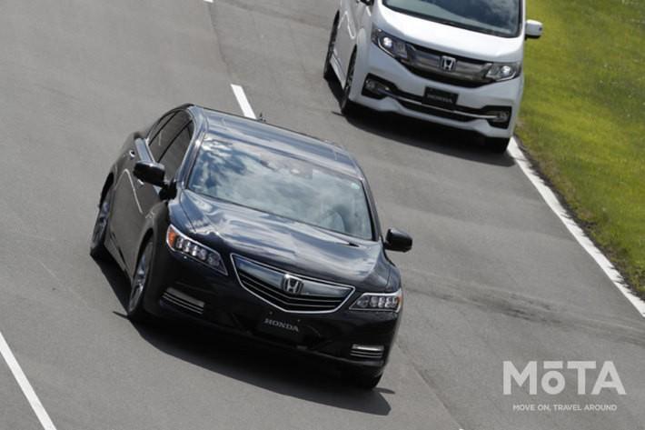 ホンダ レジェンドのレベル3も高速道路での使用を想定する(写真は実験車両)