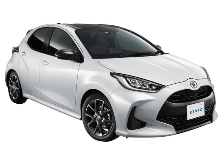白ナンバーの場合、車検証とナンバープレートが発行された時点で登録とする, 一方の軽自動車は届出をしたタイミングを指す