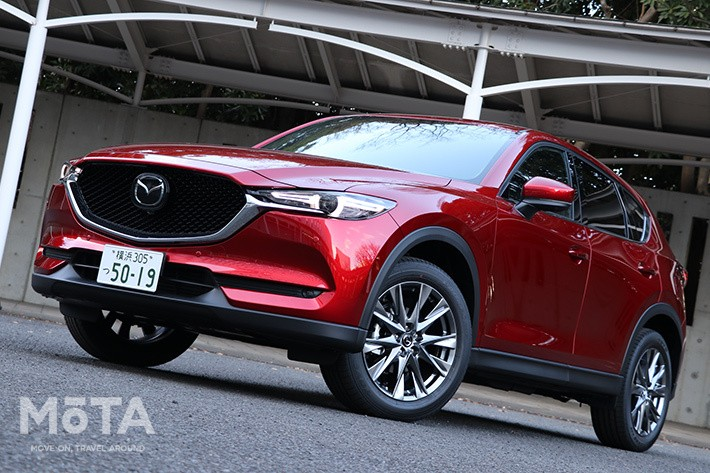 CX-5のガソリン車は267万8500円〜購入でき、装備もまったく同じのためガソリンモデルでも十二分に満足できる内容なのだ