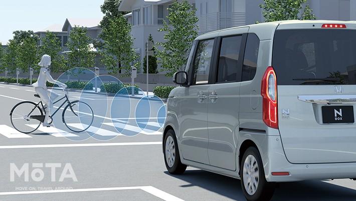 ホンダ N-BOX HondaSENSING 衝突軽減ブレーキ(CMBS)自転車検知機能