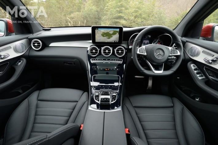 世界に先駆け採用された先進運転支援機能なども装備しており、買い得感は非常に高い