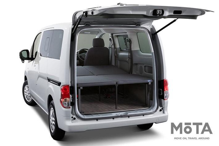 日産の子会社オーテックジャパンが手掛ける「マルチベッド」, 荷室にはフラットで脱着可能なベッドキットが搭載される