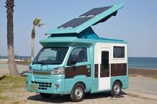 開放的なポップアップルーフテント&強力な充電・給電装備で快適な軽キャンパー「A...