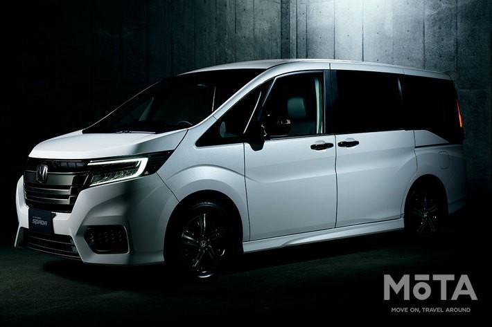 ホンダ 新型ステップワゴン「STEP WGN e:HEV SPADA G・EX Honda SENSING」(FF)オプション装着車(プラチナホワイト・パール)[2020年1月9日一部改良モデル] [Photo:Honda]