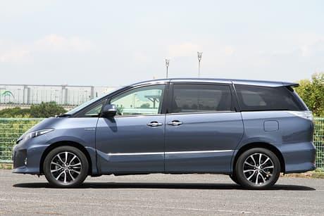Toyota Estima Hybrid02