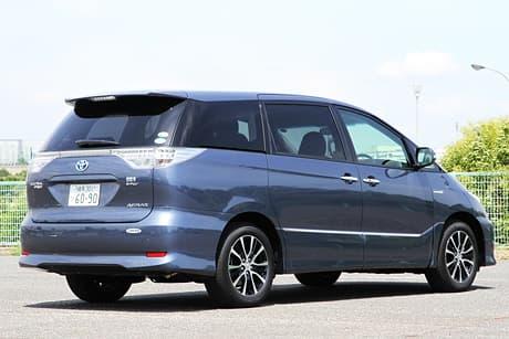 Toyota Estima Hybrid04