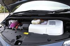 Toyota Estima Hybrid07